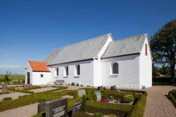 Ny serie på KunMors: Øens kirker