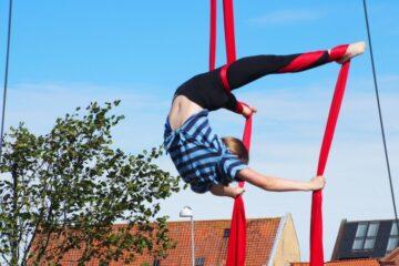 Støtte til cirkus, fritid, fisketure og surfskole