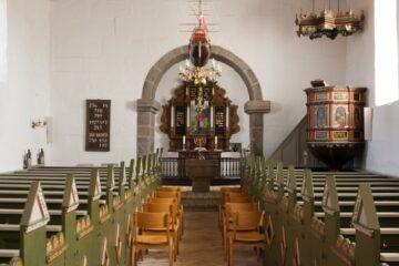 Præster lægger gudstjenester ud på YouTube