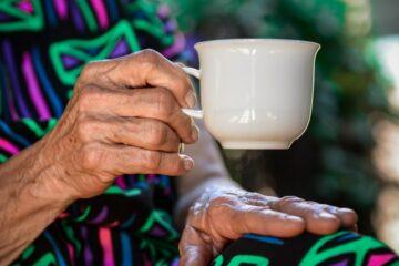 Plejehjem og afklaringspladser på Mors kan igen få besøg inde