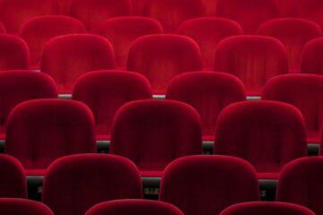Kan du anmelde film, teater, bøger eller musik?