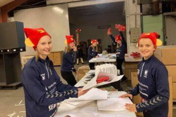 Jesperhus sender 80.000 nissehuer og 40.000 julegaver til landets børnefamilier