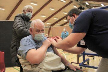 Mors er langt fremme på vaccinationer