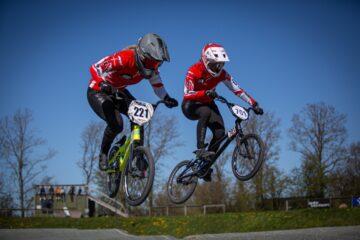 Endelig er der action at se frem til for BMX-søstrene fra Mors