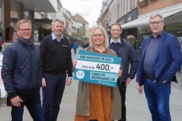 Mors Handel og fire sponsorer vil sikre butikkerne en halv million kroner