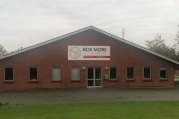 Box Mors rykker ind i møbelfabrik